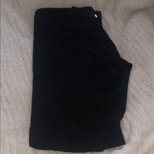 Size 10 lulu lemon leggings in black spandex